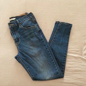Levi's 720 Super Skinny Jeans